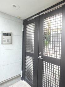 上北沢駅 徒歩4分エントランス