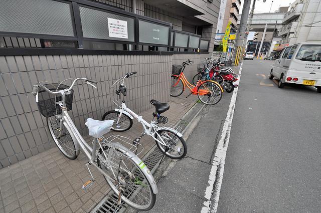 高井田ル・グラン あなたの大事な自転車も安心してとめることができますね。