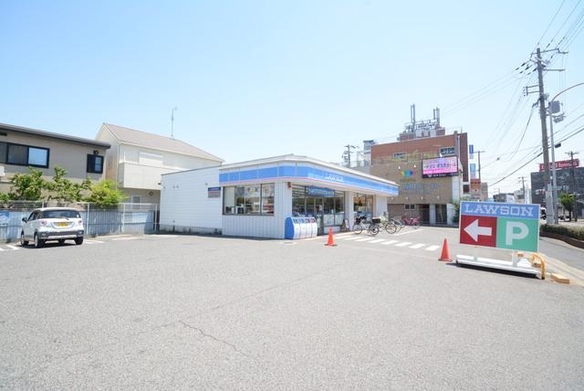 ローソン方違神社前店