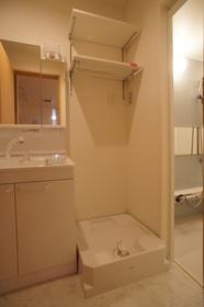 シャーメゾン鵜の木 101号室