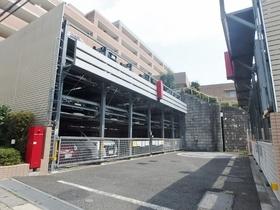 ライオンズマンション稲城駐車場