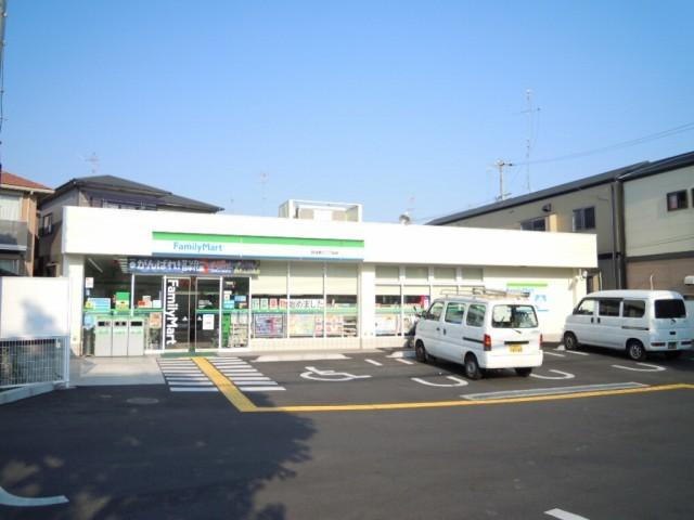 ファミリーマート箕面瀬川二丁目店