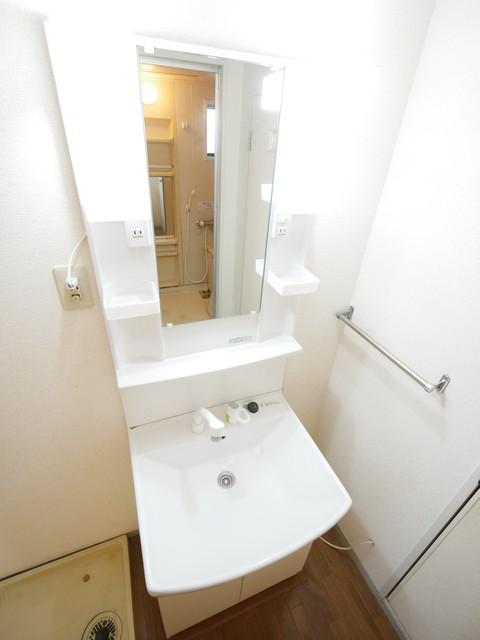 グレープシュラインA洗面所
