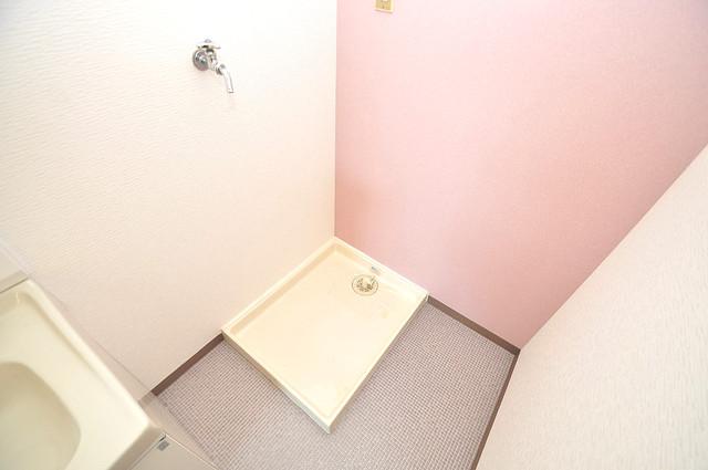 TSUJIHANAビルディング 室内に洗濯機置き場があれば雨の日でも安心ですね。