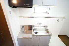 https://image.rentersnet.jp/9bc23579-bd04-4401-b59e-524c85581489_property_picture_956_large.jpg_cap_キッチン