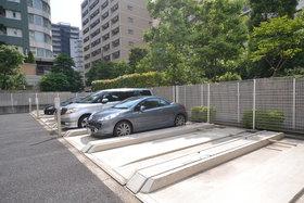 ラフィネ大崎B駐車場
