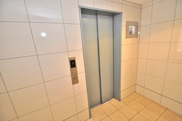 エムズコート今里 嬉しい事にエレベーターがあります。重い荷物を持っていても安心