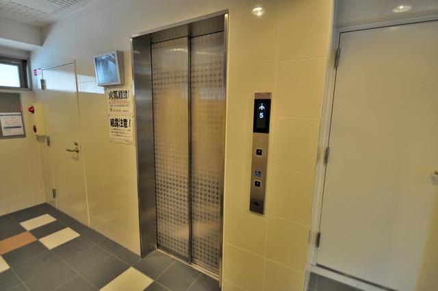 M'プラザ布施弐番館 エレベーター完備で階段は登らなくてOKです。