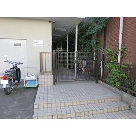 東北沢駅 徒歩4分エントランス