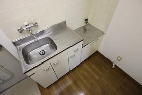 https://image.rentersnet.jp/9c1844e5-6fc7-4a66-b898-8a34e27c8b62_property_picture_955_large.jpg_cap_キッチン