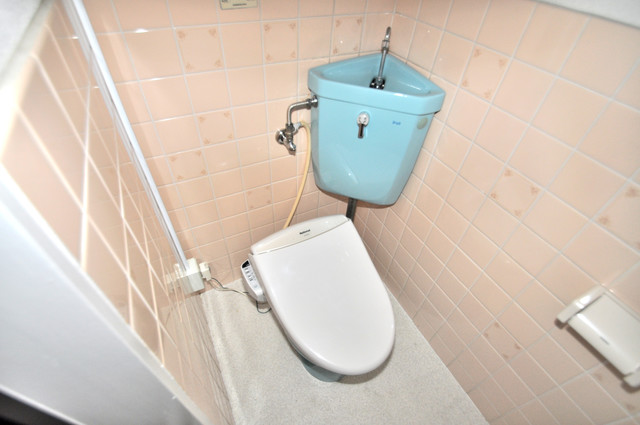 メダリアン巽 スタンダードなトイレは清潔感があって、リラックス出来ます。
