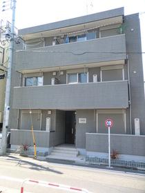 南新宿駅 徒歩1分の外観画像