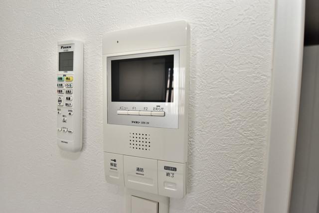 U-ro北巽 TVモニターホンは必須ですね。扉は誰か確認してから開けて下さいね