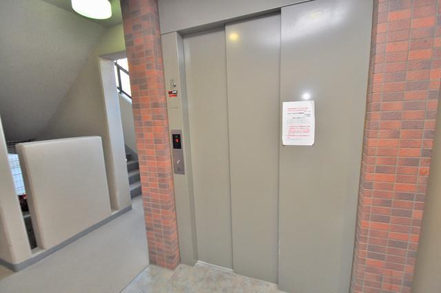ベル フルール エヌ・エス 嬉しい事にエレベーターがあります。重い荷物を持っていても安心