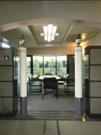 新板橋駅 徒歩23分エントランス