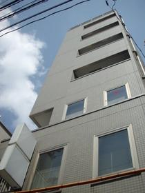 西荻窪駅 徒歩1分の外観画像