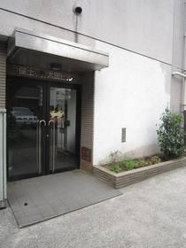 井土ヶ谷駅 徒歩19分エントランス