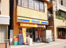 https://image.rentersnet.jp/9c9f3171-609a-438e-9c6c-434559768cec_property_picture_962_large.jpg_cap_ミニストップ川崎宮前町店