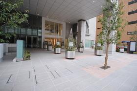 汐留駅 徒歩3分エントランス