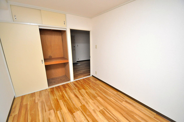 ロイヤル加美北 明るいお部屋は風通しも良く、心地よい気分になります。
