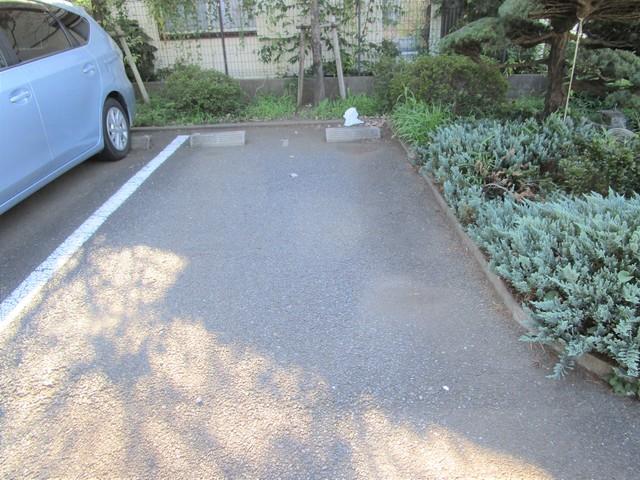 ラピス南町田駐車場