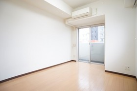 https://image.rentersnet.jp/9e01f28c-ddcd-4784-8227-bd62980f6920_property_picture_961_large.jpg_cap_洋室7.8帖