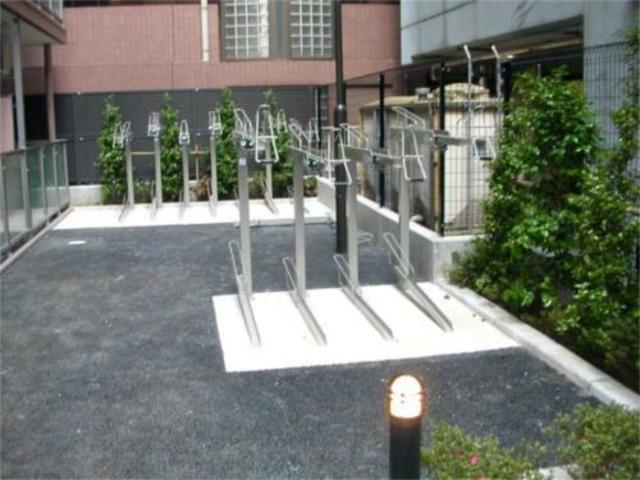 スカイコート本郷東大前壱番館駐車場