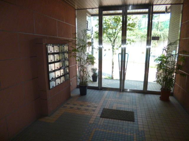 下赤塚駅 徒歩13分エントランス