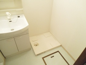 脱衣洗面所に洗濯機置場あります!