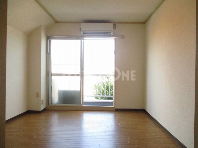 メゾン稲城居室