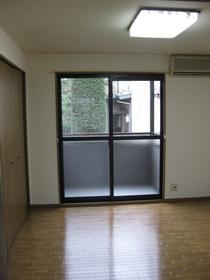 https://image.rentersnet.jp/9e5069d9-08de-4e60-96ae-e480b14aebeb_property_picture_953_large.jpg_cap_居室