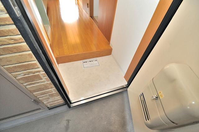 フレンテ田中 素敵な玄関は毎朝あなたを元気に送りだしてくれますよ。
