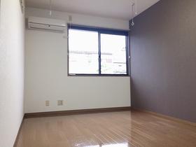 https://image.rentersnet.jp/9ee3369b-385f-4346-8ea4-3e1ad0002094_property_picture_957_large.jpg_cap_居室