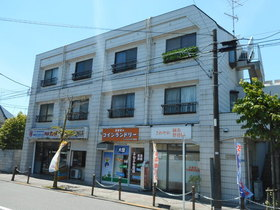 恩田赤塚ビルの外観画像