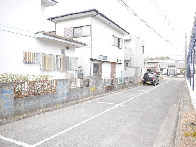 コーポコジマA棟駐車場