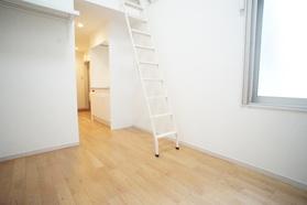 https://image.rentersnet.jp/9f7df70d-56ac-4f8f-b027-7301fe88e199_property_picture_2987_large.jpg_cap_居室