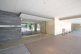 泉岳寺駅 徒歩19分エントランス