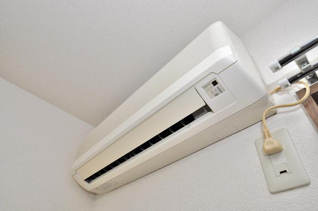 アンプルール フェール寿 うれしいエアコン標準装備。快適な生活が送れそうです。