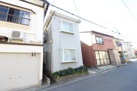 https://image.rentersnet.jp/a0496f5b-fac6-4114-9ba9-d03f76d892f7_property_picture_958_large.jpg_cap_外観