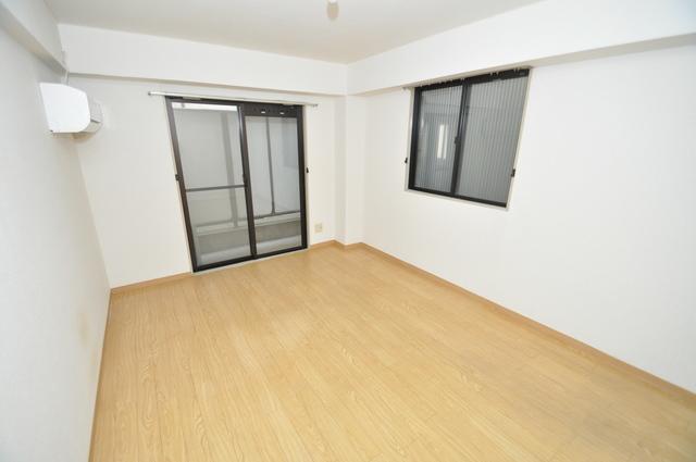 メゾンSK 賃貸には珍しい、オシャレな出窓があります。