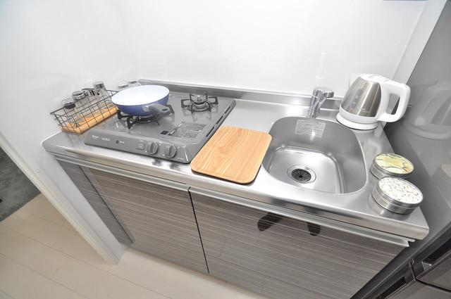 Luxe布施駅前 単身用のカワイイミニキッチンです。