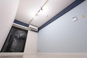 NEWRISE−2 402号室