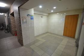 スカイコート文京湯島エントランス