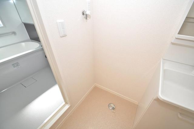 シャーメゾン友井 嬉しい室内洗濯機置場。これで洗濯機も長持ちしますね。