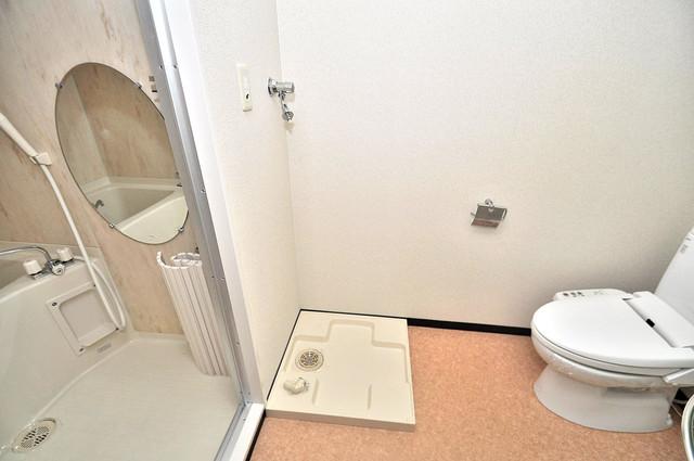 プラ・ディオ徳庵セレニテ 洗濯機置場が室内にあると本当に助かりますよね。