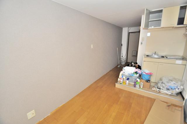 ピア小阪 シンプルな単身さん向きのマンションです。シンプルな単身さん向きのマンションです。