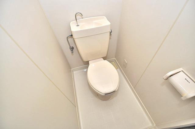 ラフォーレ菱屋西 清潔感のある爽やかなトイレ。誰もがリラックスできる空間です。