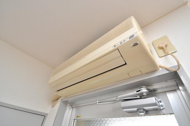 シティハイツ布施 エアコンが最初からついているなんて、本当に助かりますね。