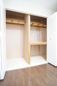 6帖 寝室収納