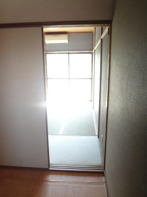 メゾンアサヒ居室